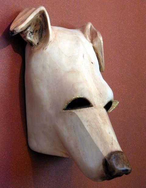 Julchen Hund Mask, ©2003 Champagne