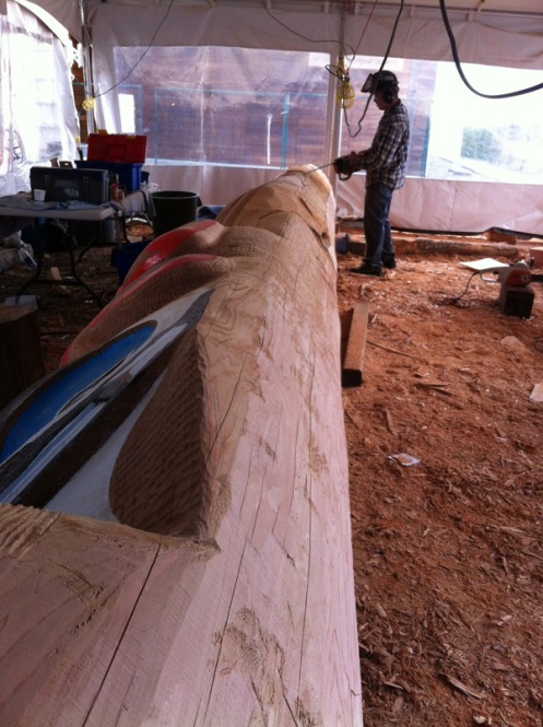 Kelly Robinson carving on the Thunderbird.
