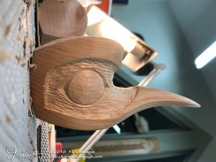 Carving-a-fledgling-hummingbird-mask-03